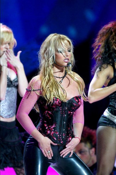 Puzzle  Britney Spears-I'm A Slave 4 U